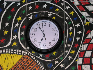 The clock in place on Kellard's work.